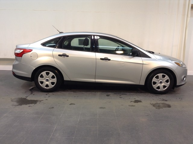Pre-Owned 2014 Ford Focus S