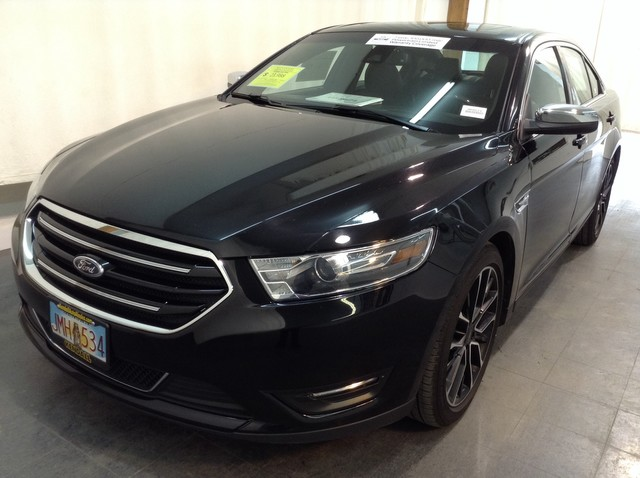 Certified Pre-Owned 2017 Ford Taurus Limited