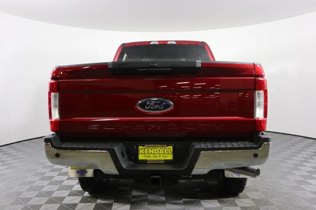 New 2019 Ford Super Duty F-250 SRW XLT 4WD CREW CAB 6.75' BO