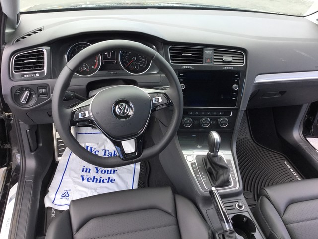 New 2018 Volkswagen Golf Alltrack SEL