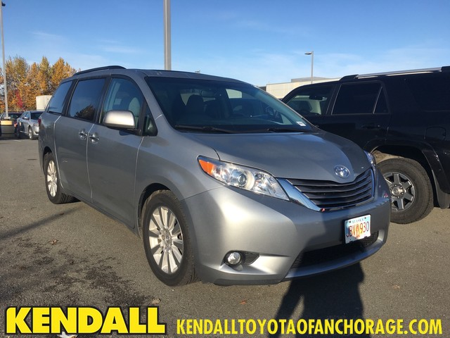 Pre Owned 2015 Toyota Sienna Xle All Wheel Drive Minivan Van